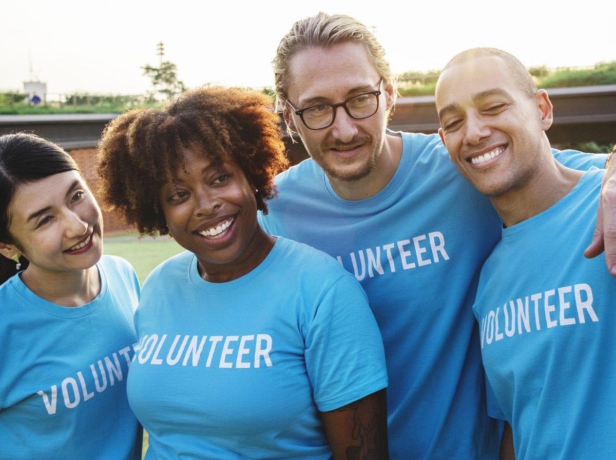 Como, onde e por que fazer trabalho voluntário?