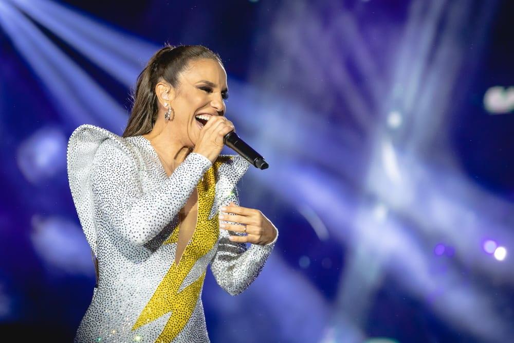 Ivete Sangalo Loira! Veja fotos da cantora no novo visual