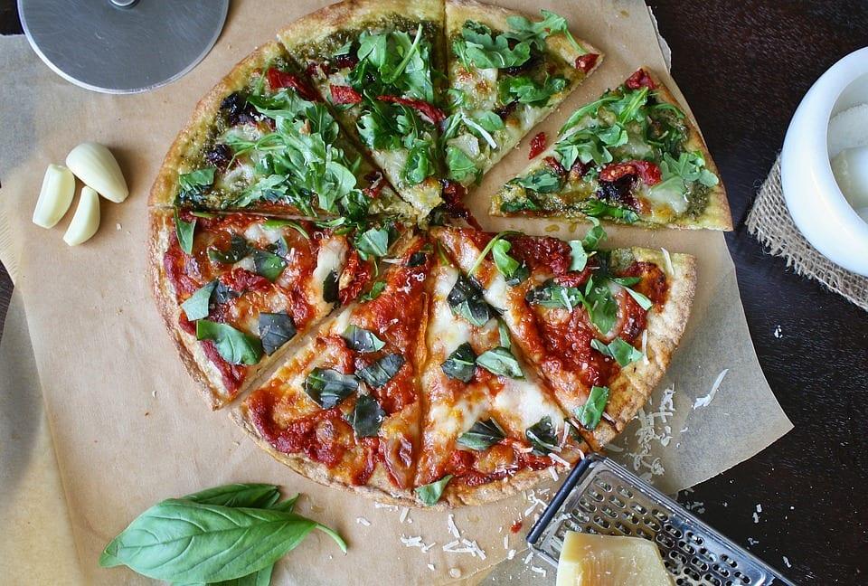 Como fazer pizza low carb vegetariana?