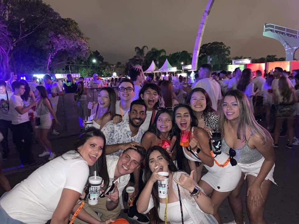 Veja como foi a Festa do Branco 2019