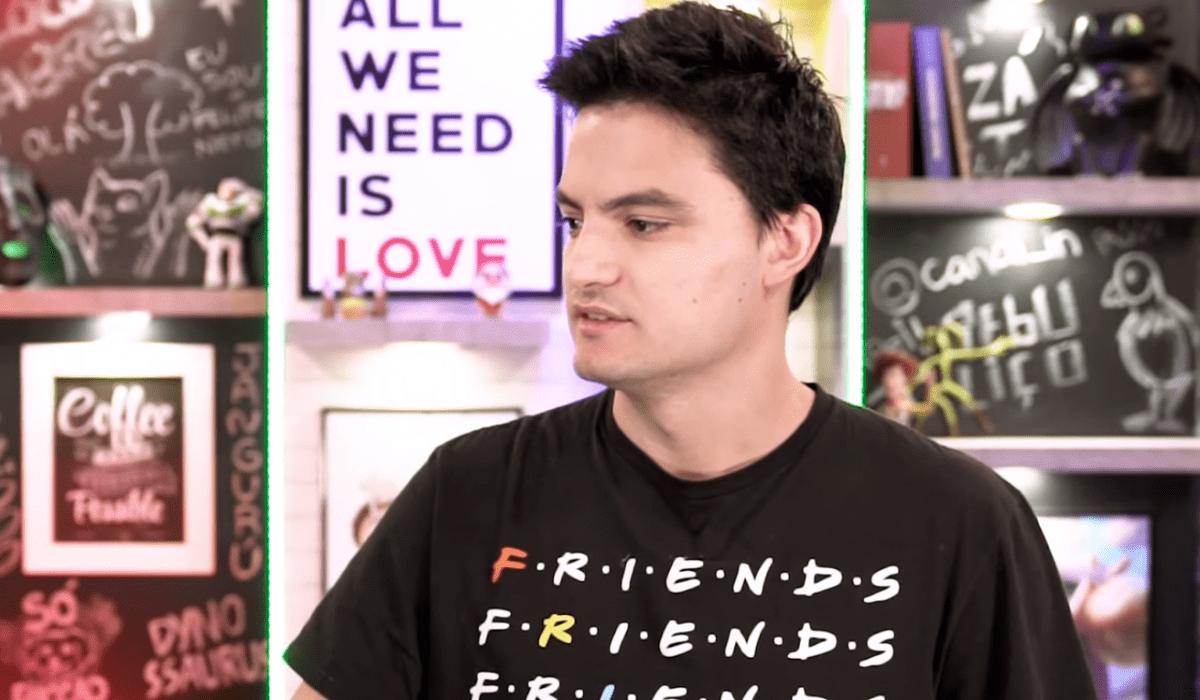 E se Friends fosse em 2019? Felipe Neto causa polêmica no Twitter