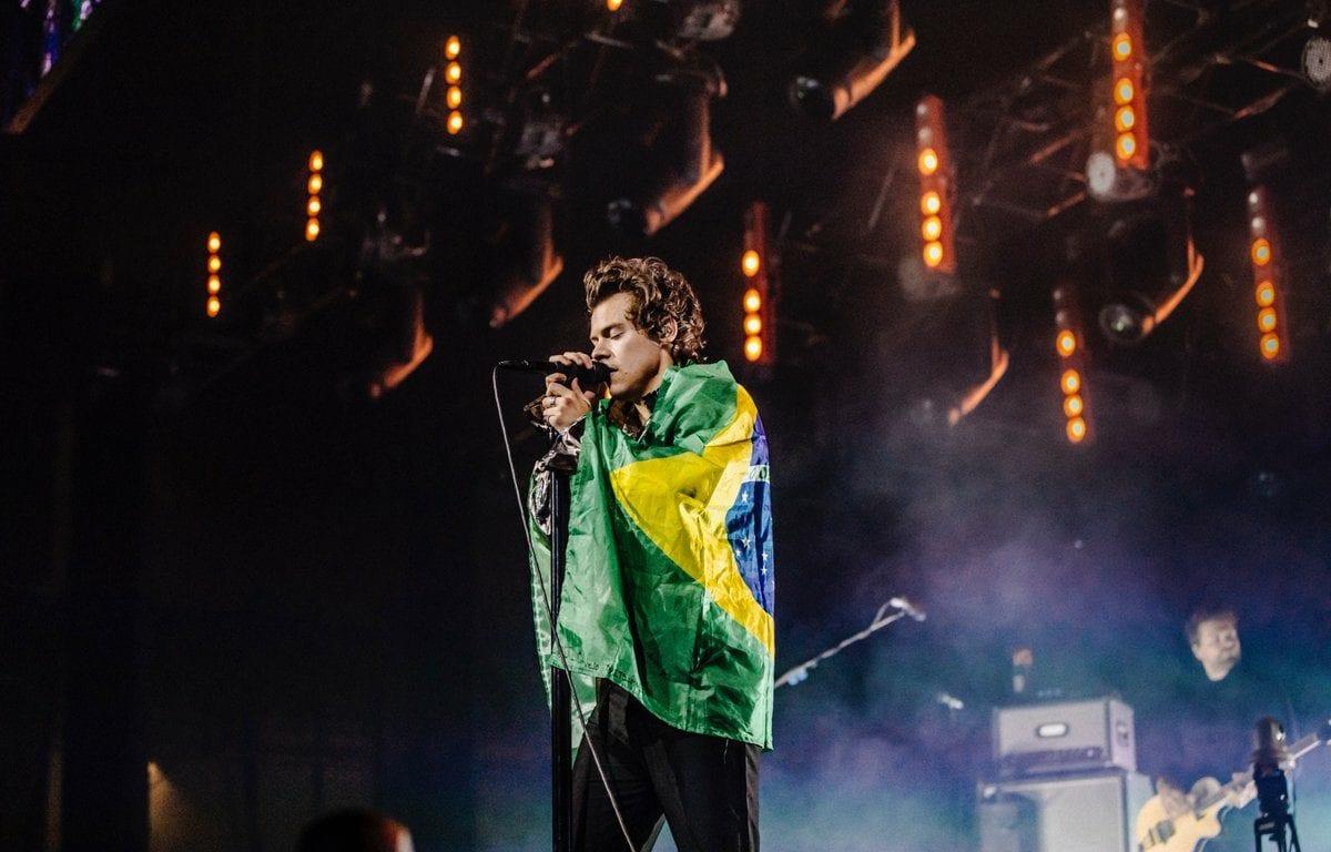 Harry Styles garante shows em outubro de 2020 e fãs já buscam ingressos