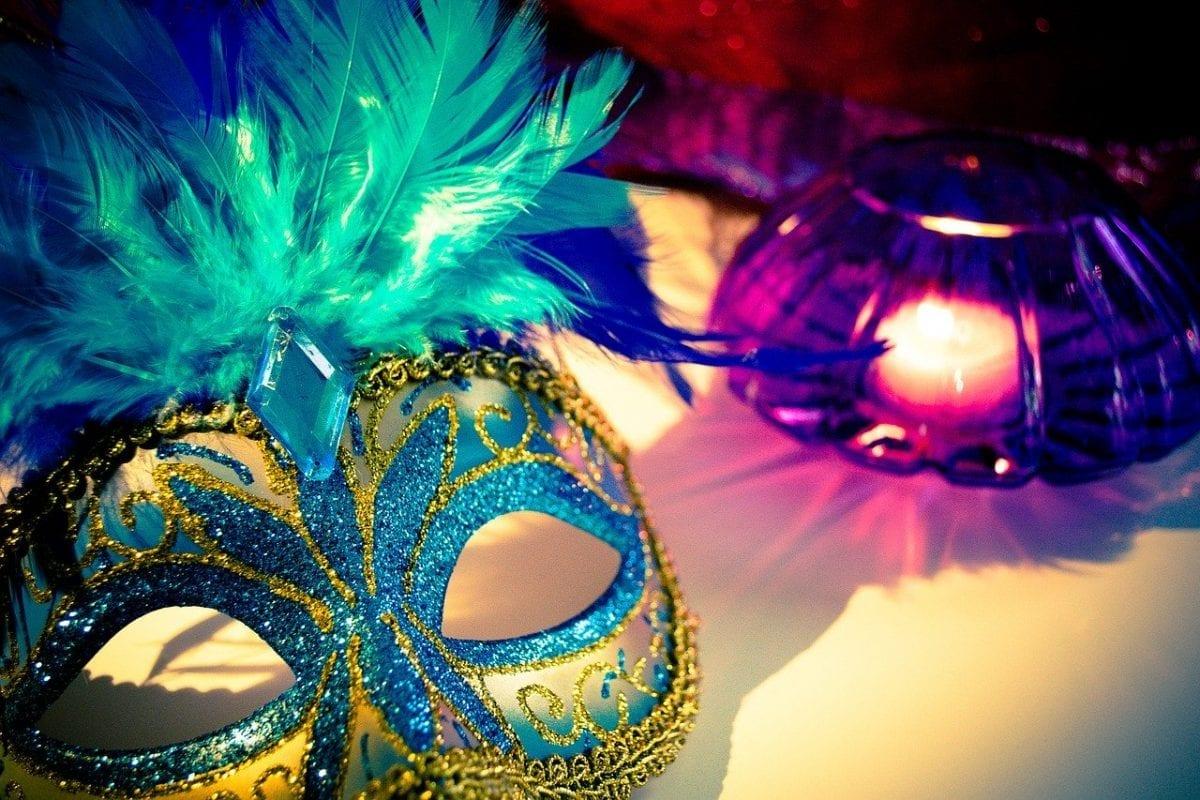 Fantasias que você NÃO deve usar no carnaval
