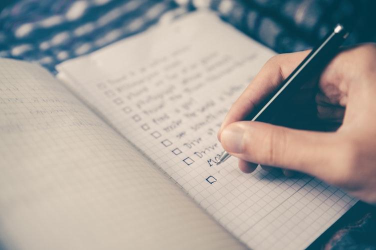 Fazer uma lista de compras pode te ajudar a emagrecer