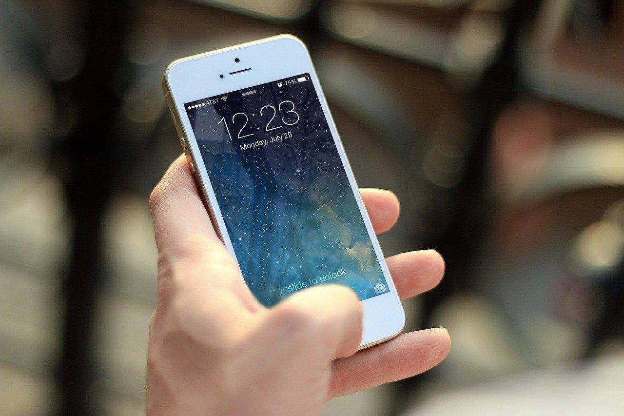 2020 não é o ano para você trocar o celular, entenda