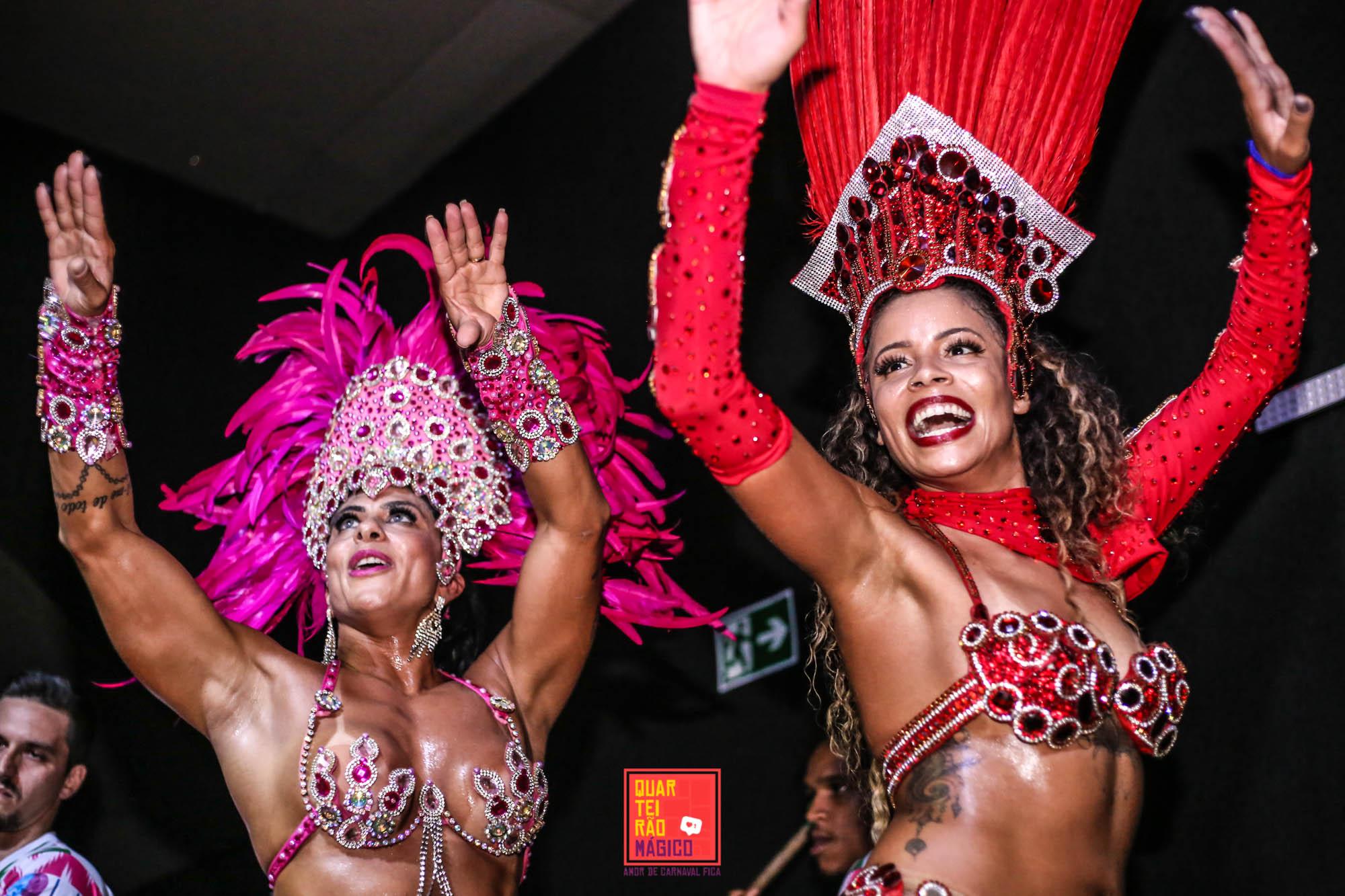 Bloco Quarteirão Mágico agita carnaval da Vila Madalena