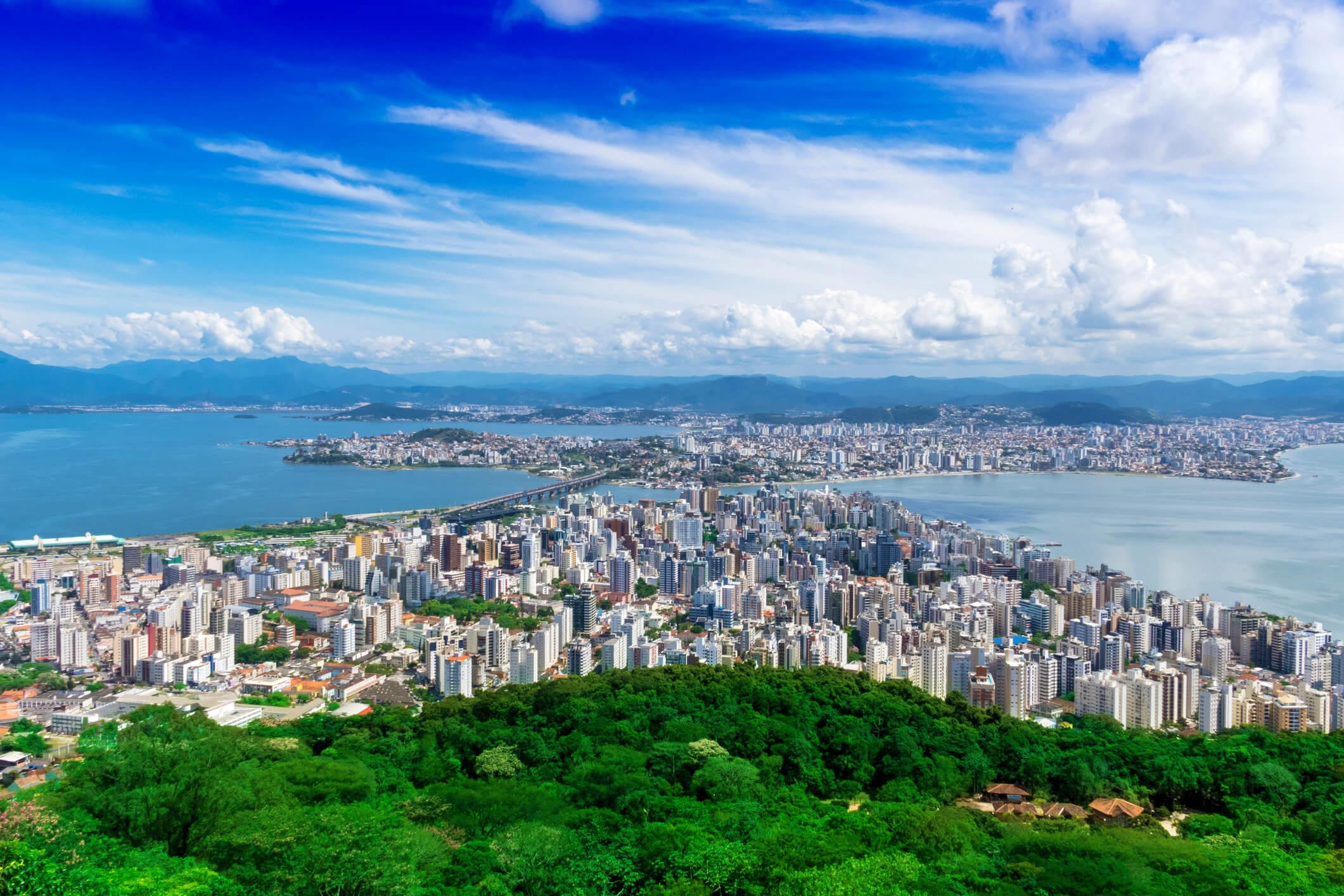 Falta de infraestrutura compromete o turismo em Florianópolis