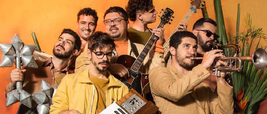 JazzNosFundos e JazzB: Pós carnaval, com shows da Banda Mantiqueira e André Mehmari