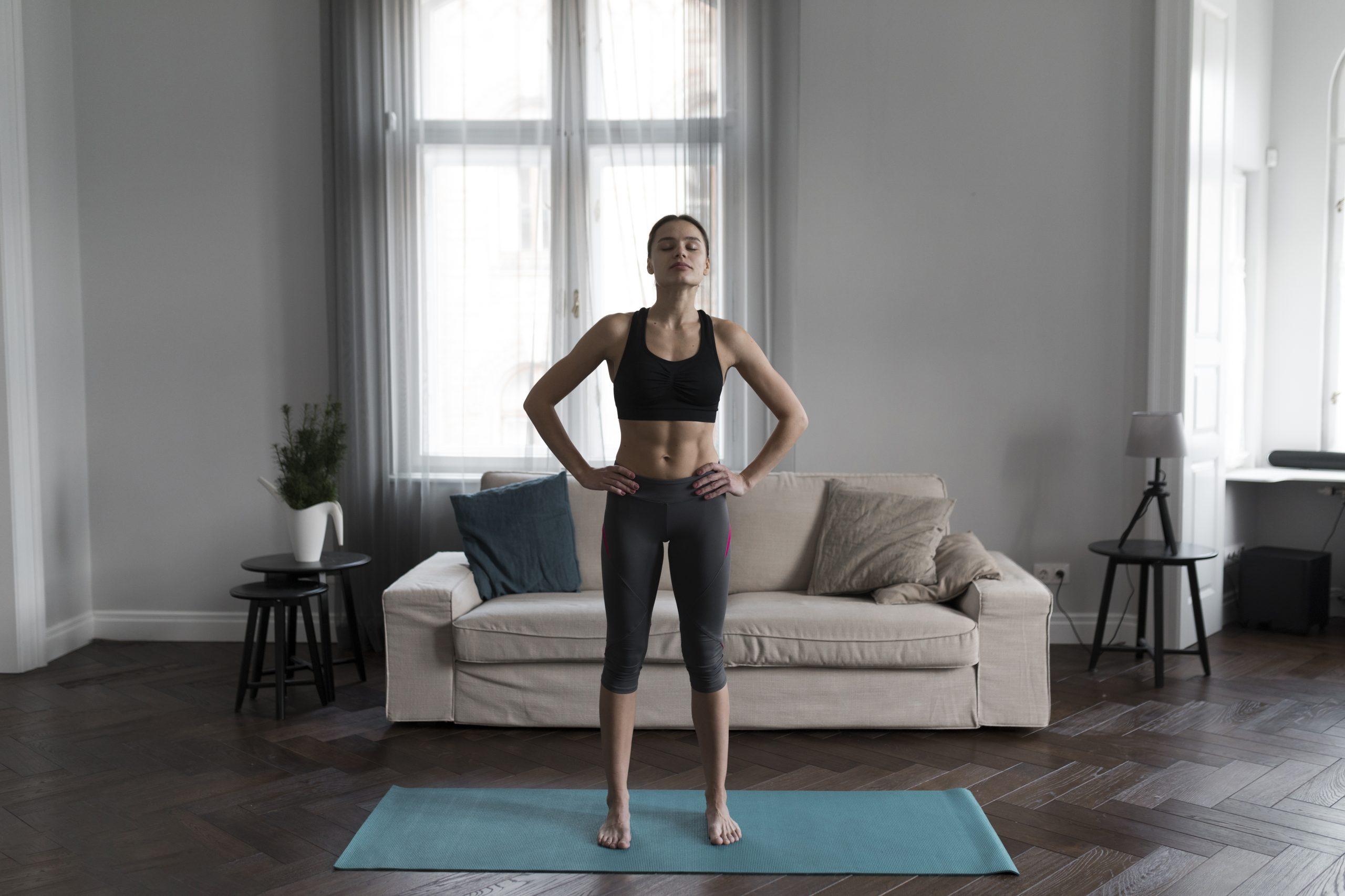 Emagrecer rápido: 7 exercícios para mulheres praticarem em casa