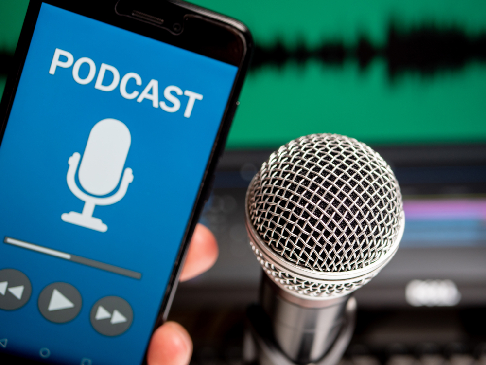 5 podcasts para descontrair ao longo do dia