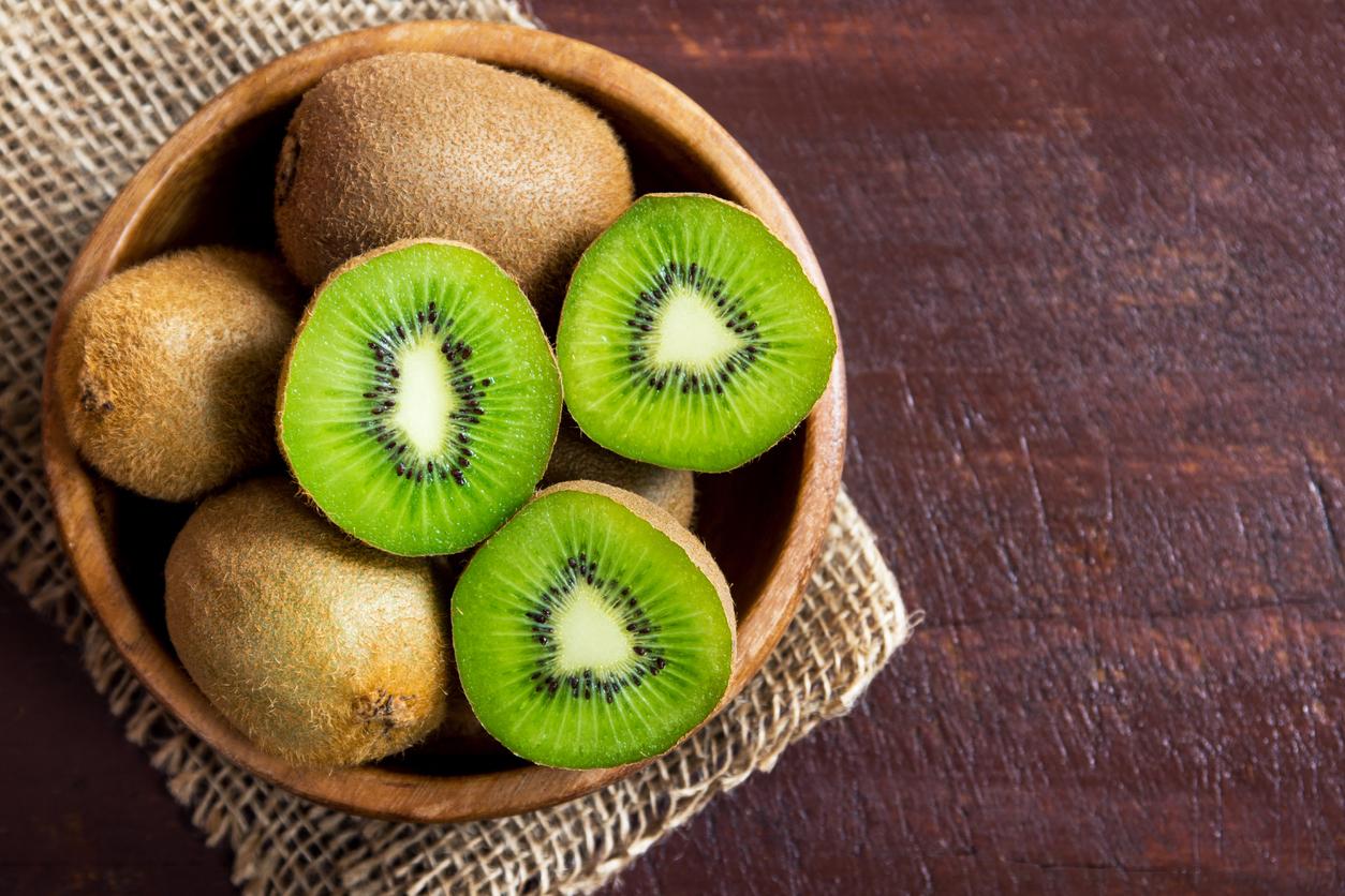 Um fruta rica em vitamina C e potássio, o Kiwi pode ajudar a emagrecer.