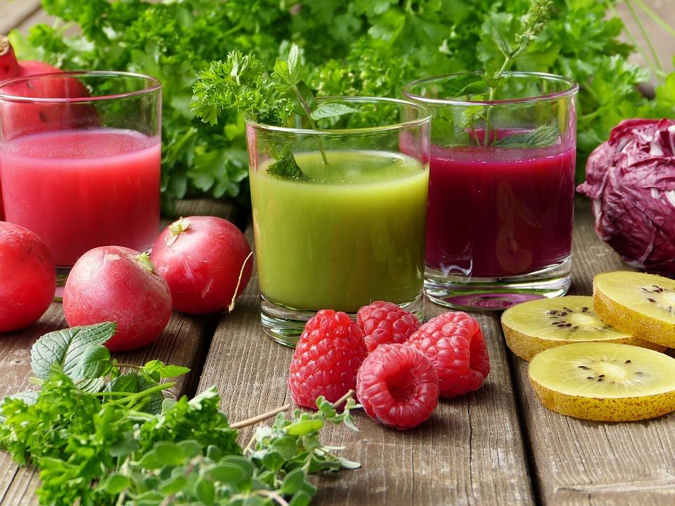 Emagrecer para o verão: entenda a relação entre Detox e suco verde