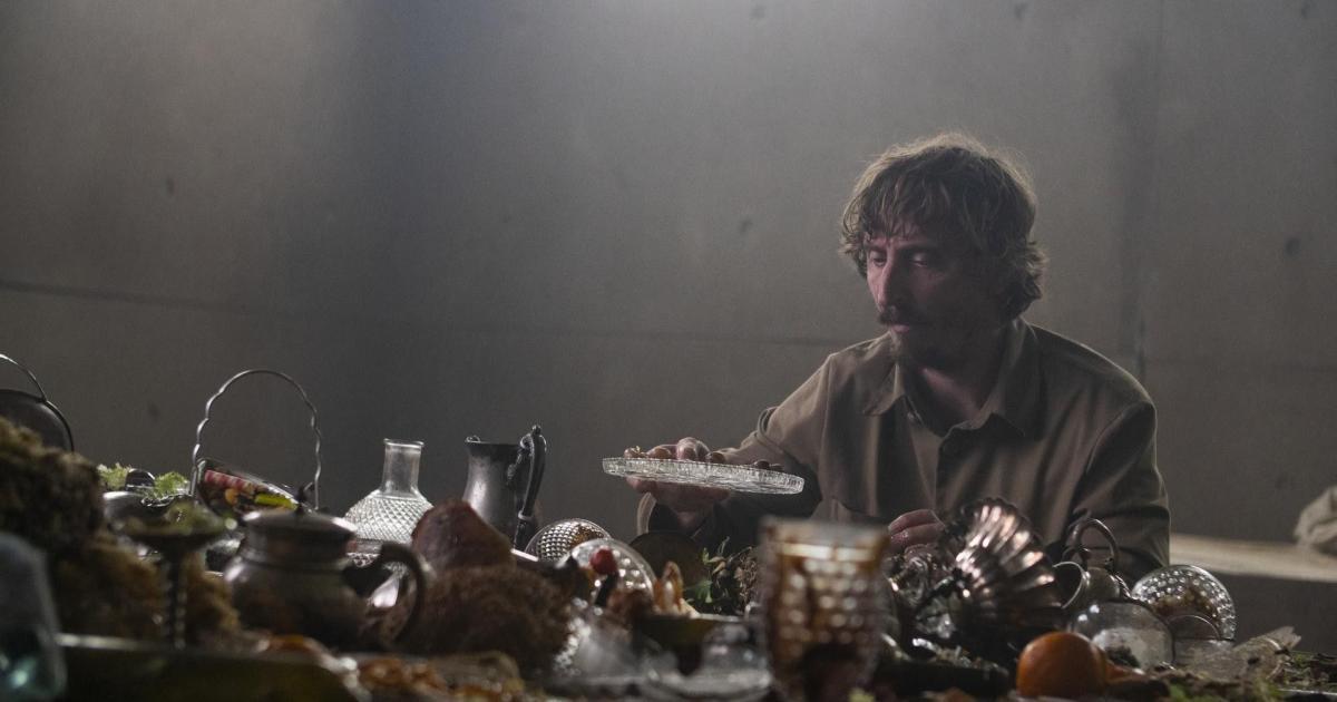 Após teorias, diretor de 'O Poço' explica o final do filme da Netflix