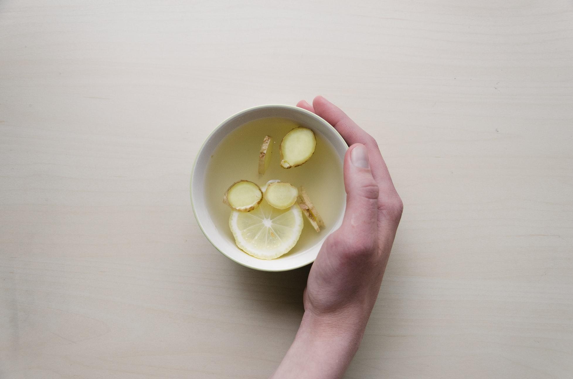 Diversifique o sabor da sua água e se mantenha hidratado!