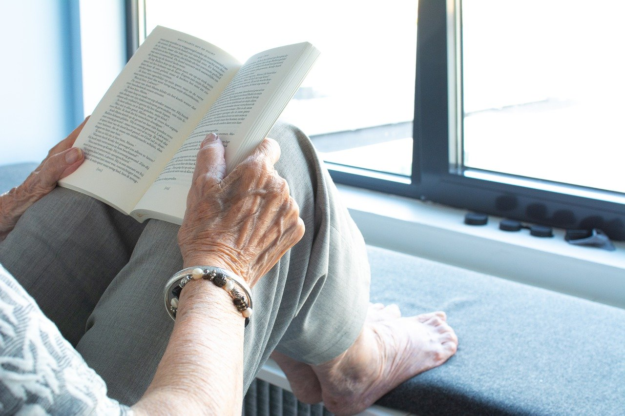 Como entreter seus avós durante a quarentena (sem contaminá-los)