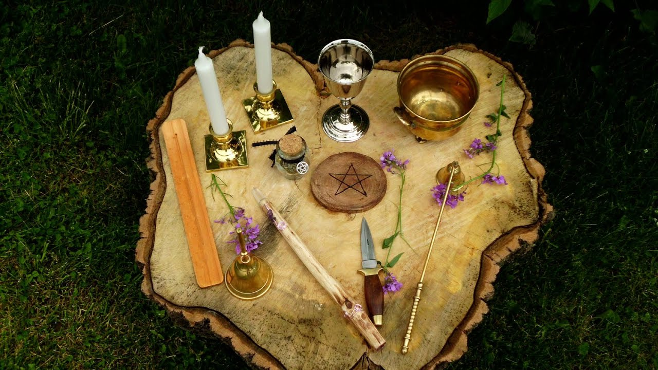 bruxaria e paganismo