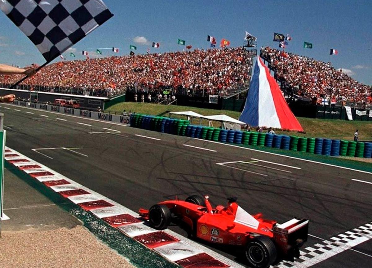 Fórmula 1 é cancelada pelo coronavírus