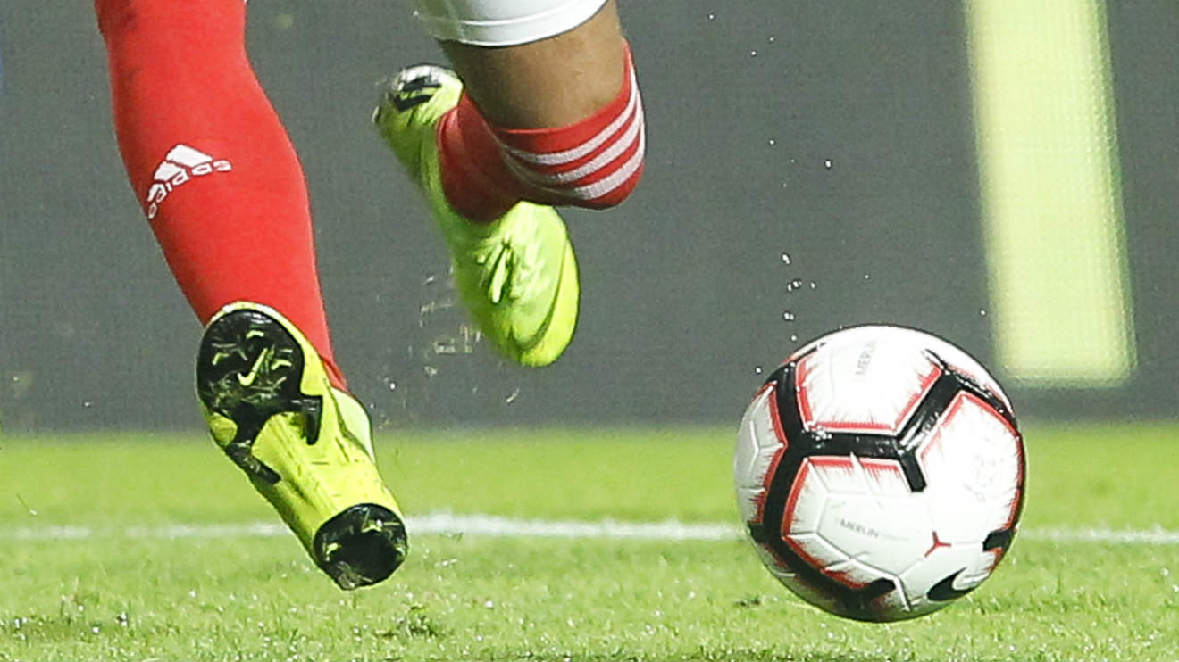 Mercado de transferências no futebol é afetado por coronavírus