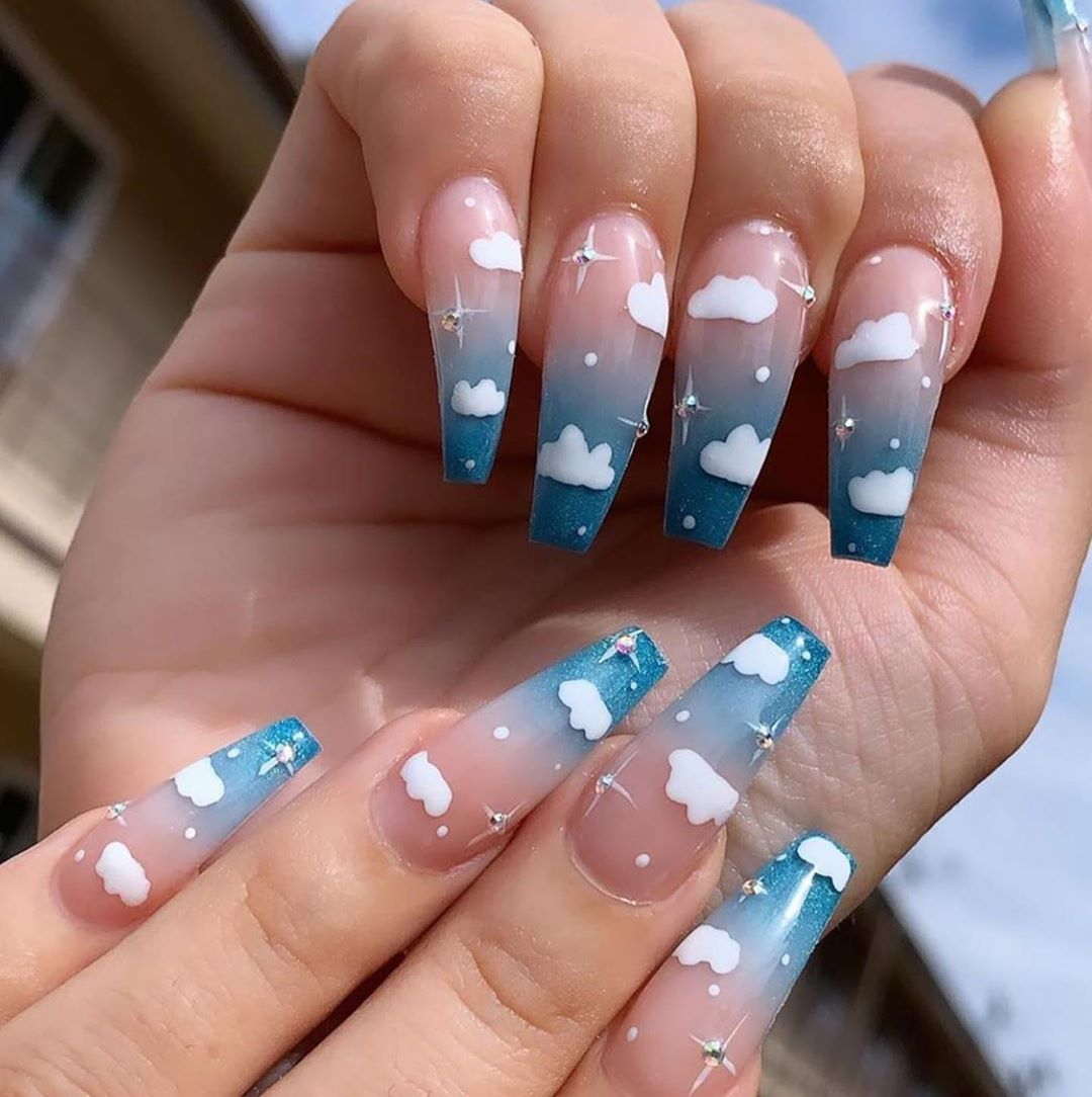 Unhas de gel decoradas (imagem do site Jetss.com)
