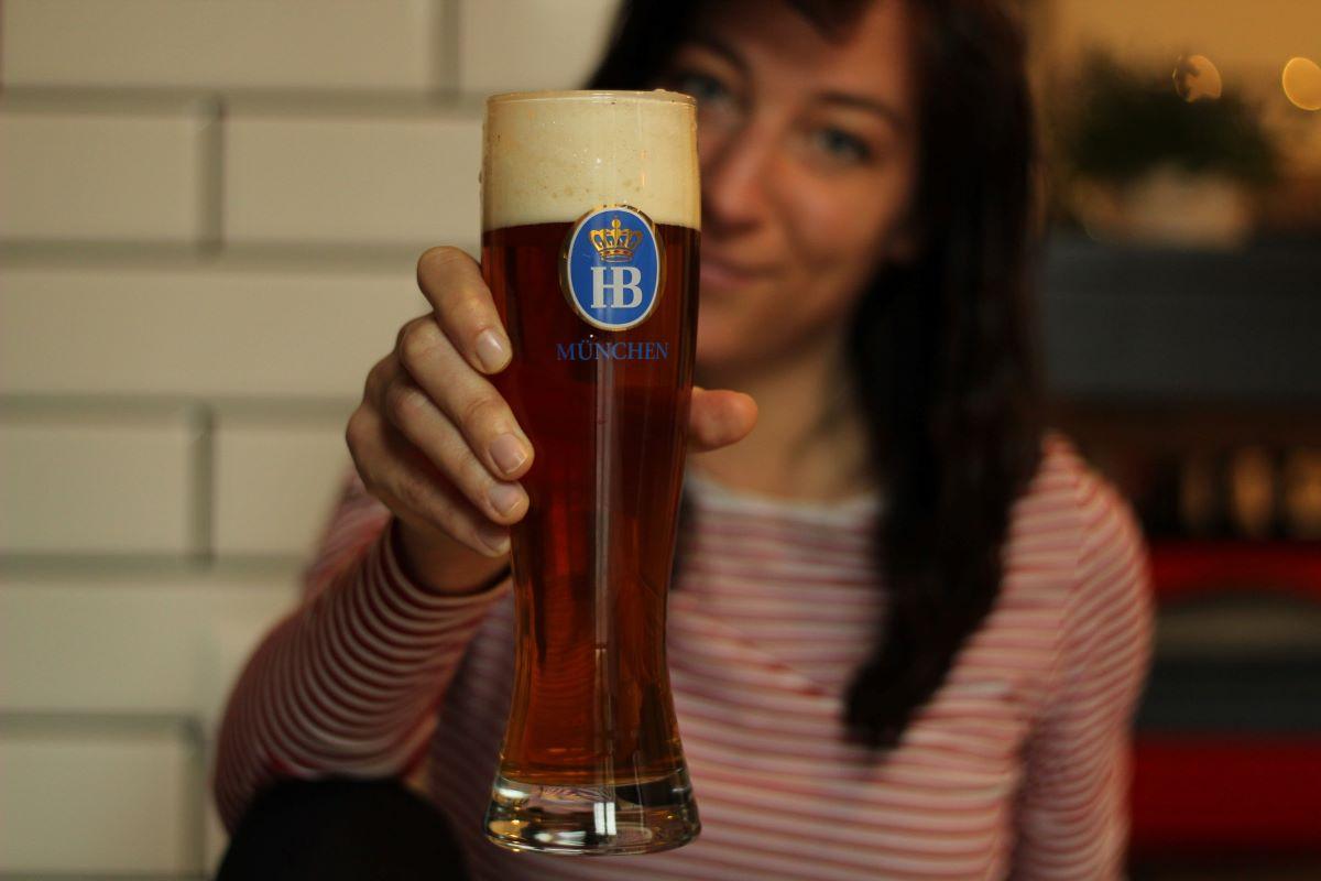 Luz na passarela, que lá vem elas: Entrevista com beer sommelier