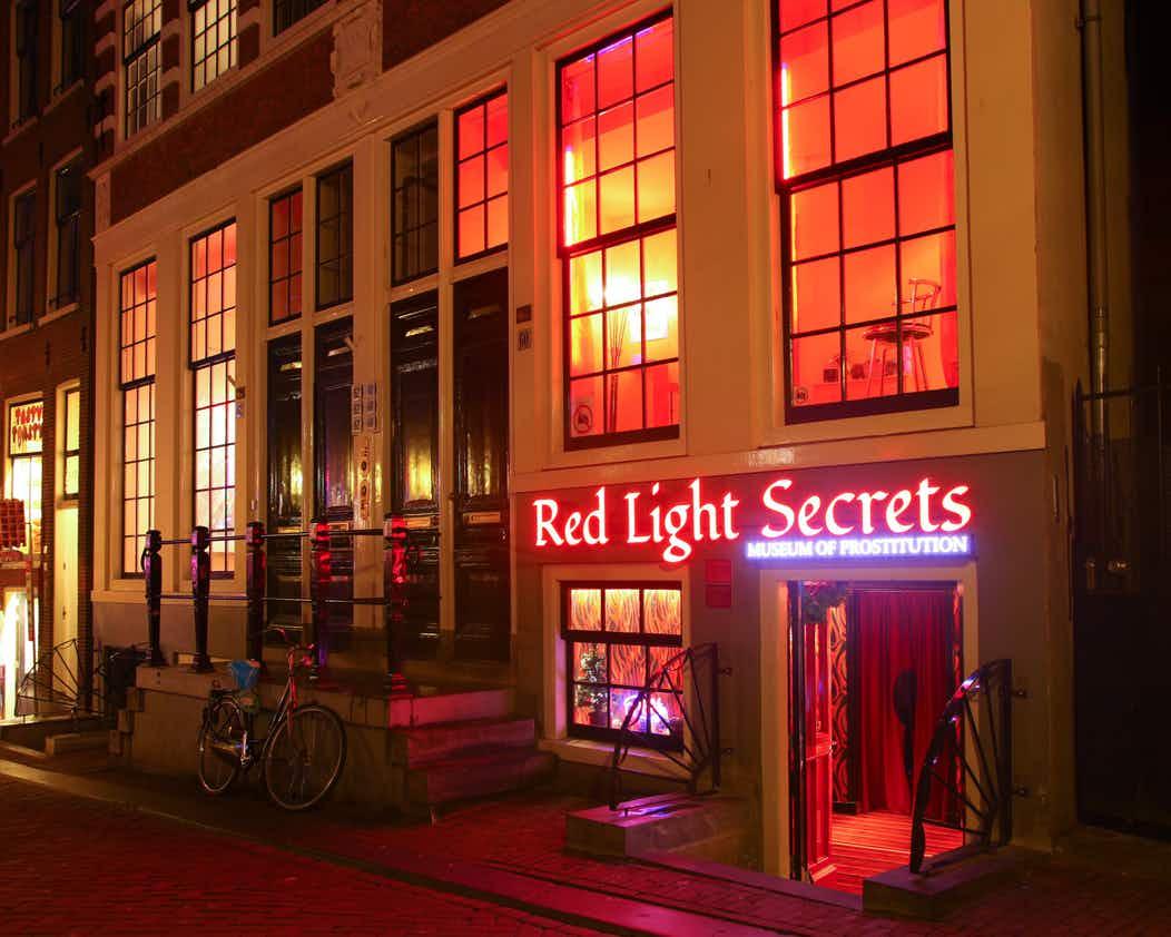 Red Light Secrets (imagem do site: foreveryoung)