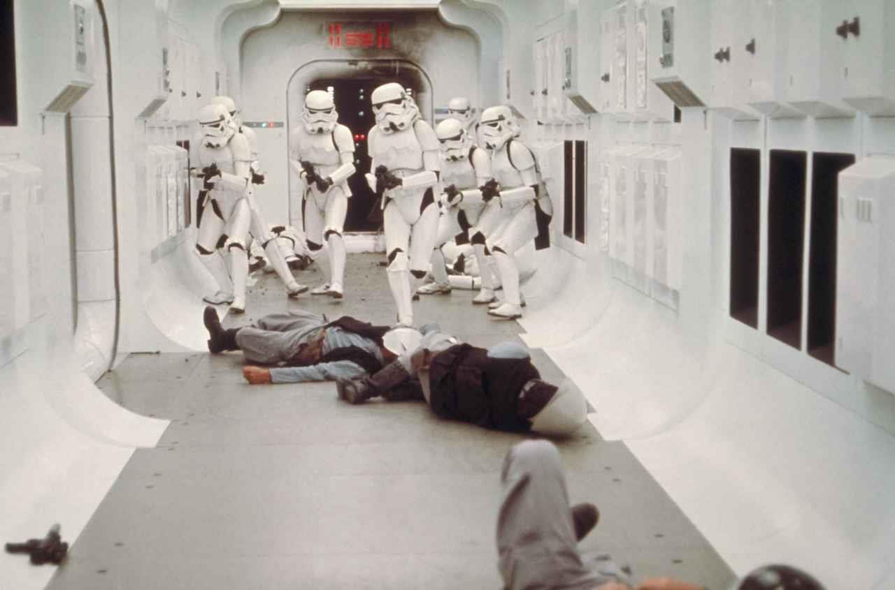 Stormtroopers ajudarão a Disney no distanciamento social