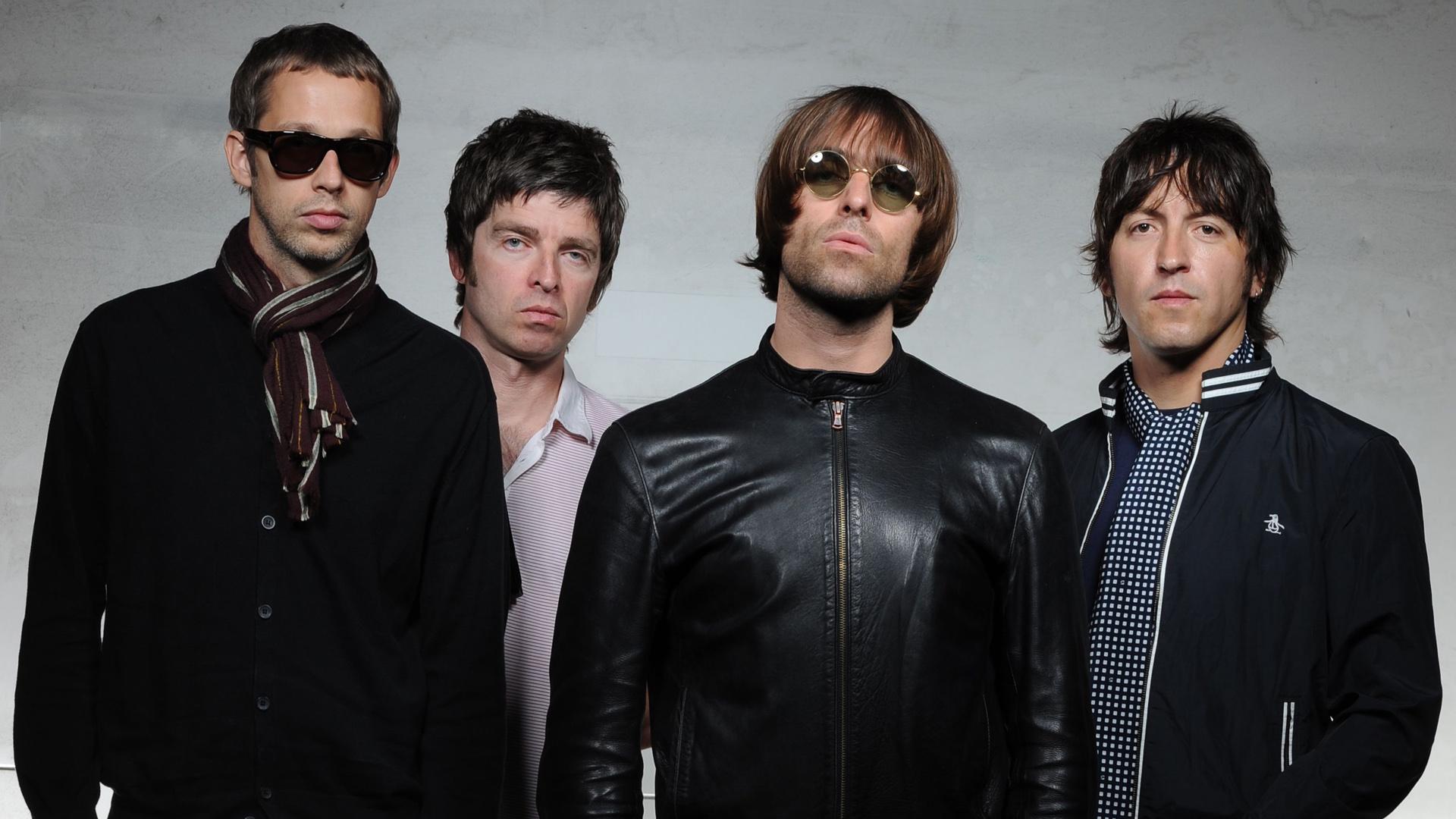 A banda Oasis era formada pelos irmãos Liam e Noel Gallagher.