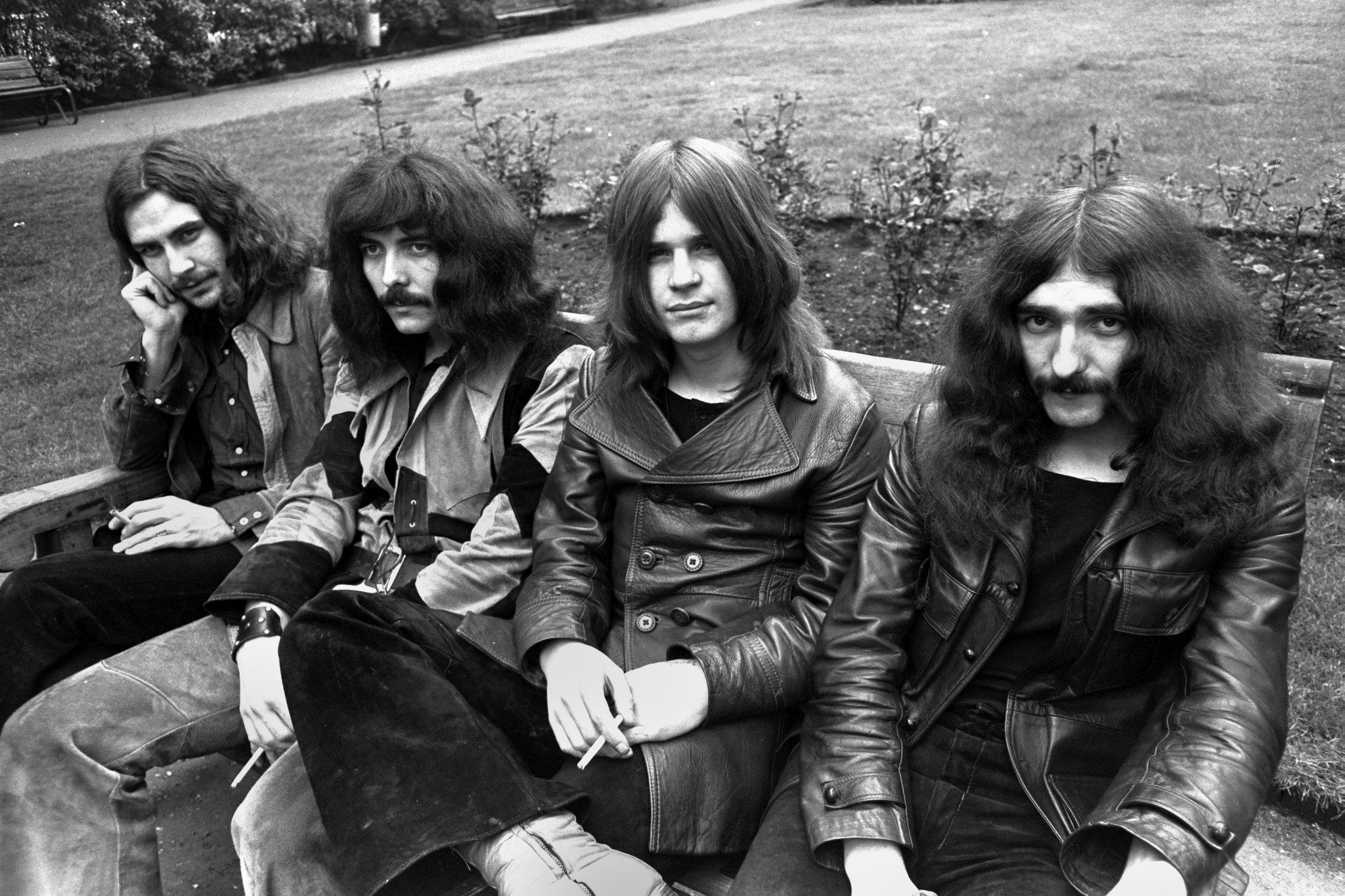 Black Sabbath está entre as bandas inglesas de sucesso.