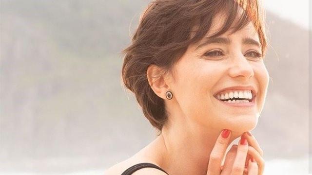 Lígia, uma das protagonistas de Coisa Mais Linda, interpretada por Fernanda Vasconcellos.