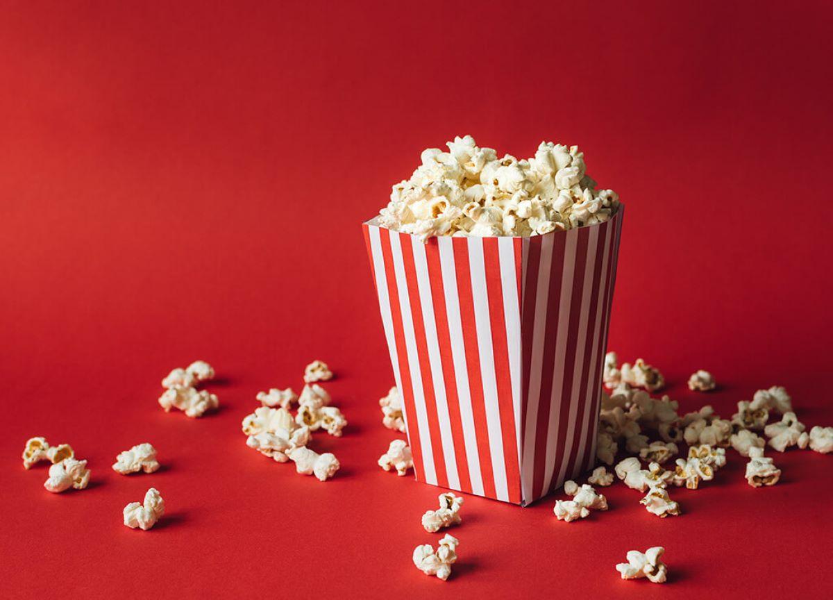 Por que se come pipoca nos cinemas? Saiba os motivos aqui!