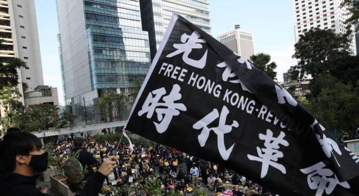 As novas leis de segurança de Hong Kong: Por que elas são um risco?
