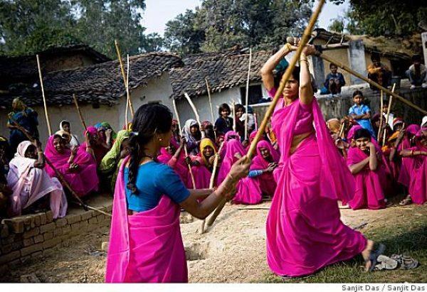 grupo Gulabi Gang