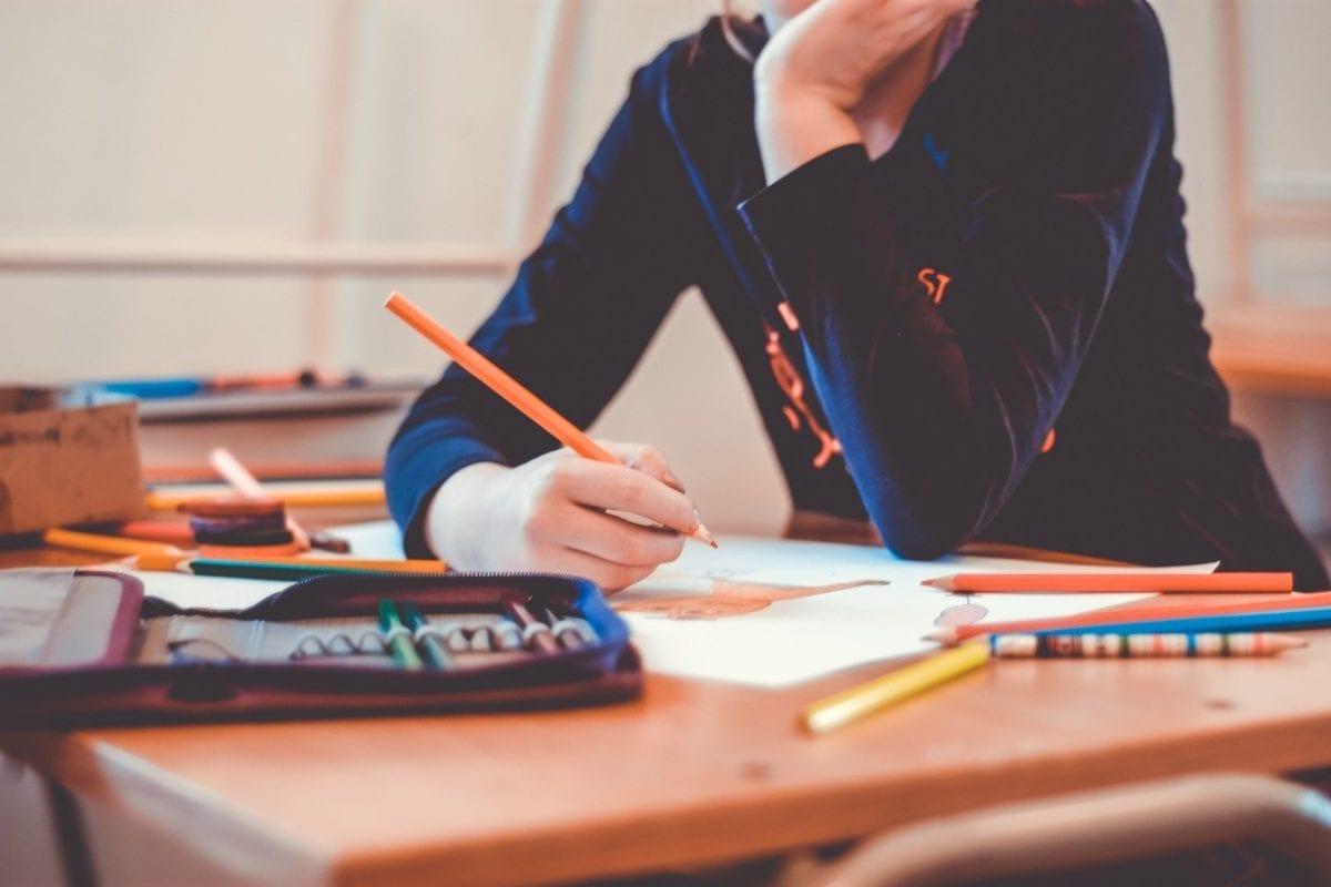 Governo de SP antecipa retorno de aulas presenciais em universidades