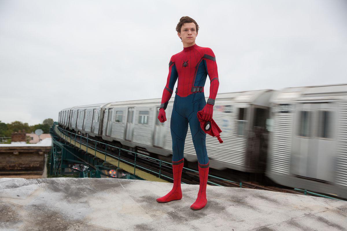 tom holland em homem-aranha