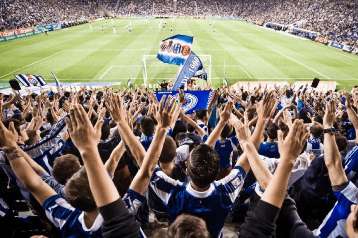 A incompetência na gestão dos clubes de futebol no Brasil