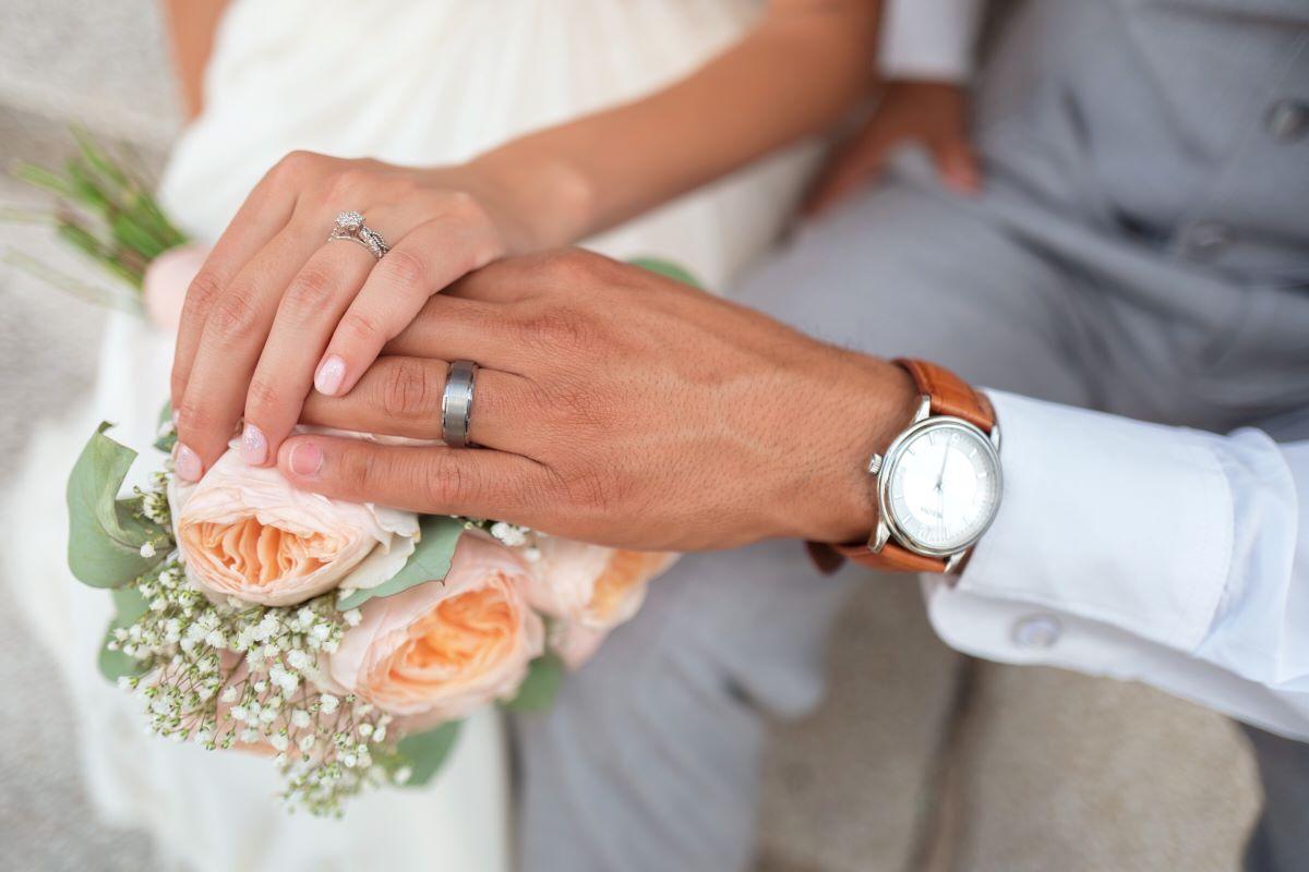 Confira e escute as 5 melhores músicas para casamentos