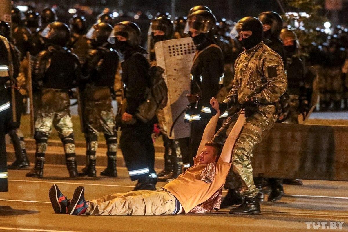 Protestos ocorrem em Belarus após reeleição de presidente