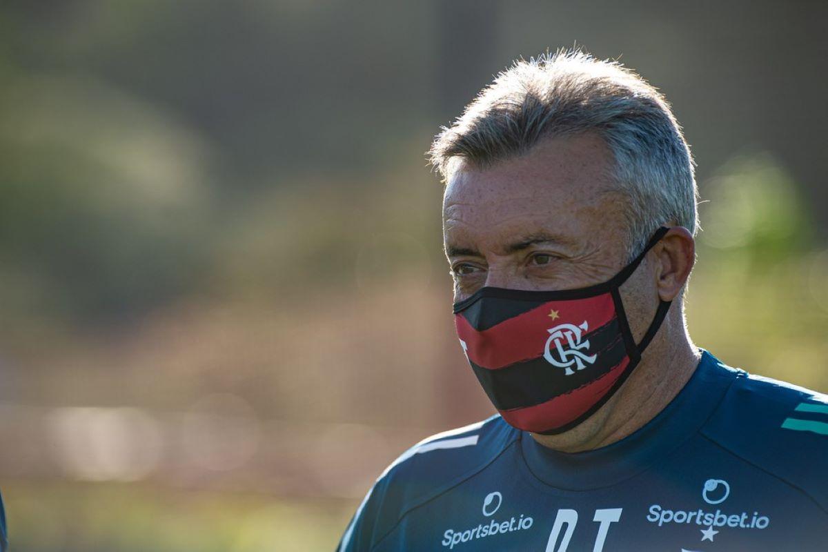 Quem é Domènec Torrent, o novo treinador do Flamengo?