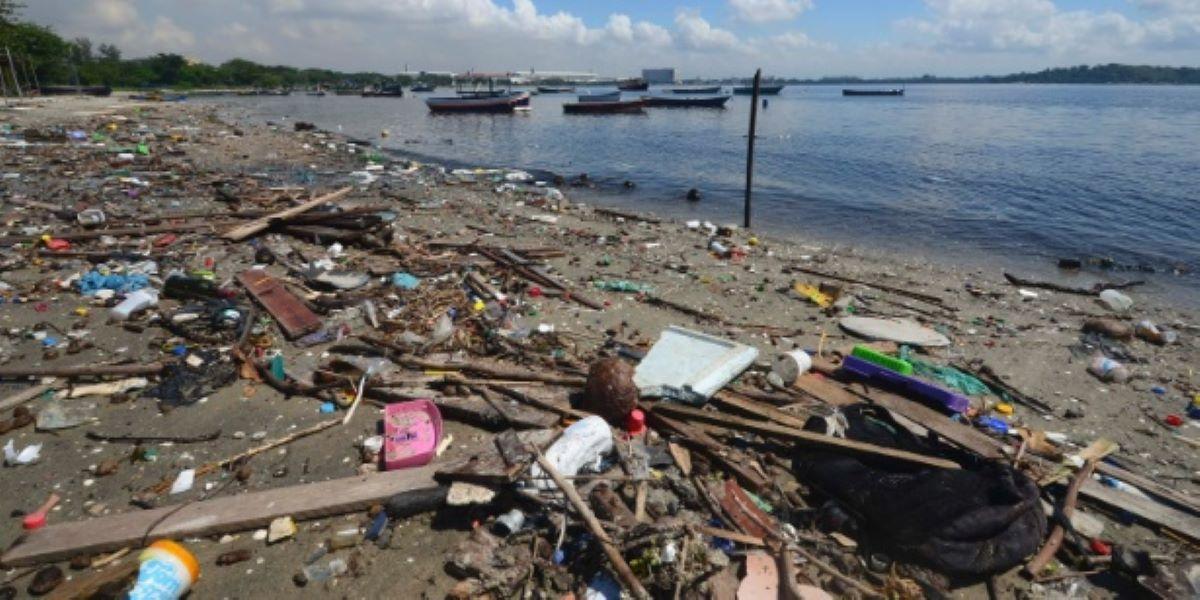 Conheça o projeto de limpeza da Baía de Guanabara por moradores