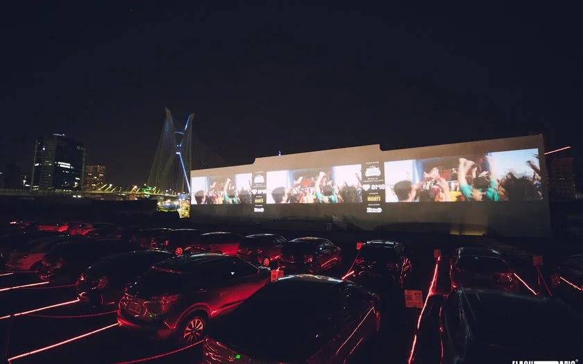 cinemas drive-in