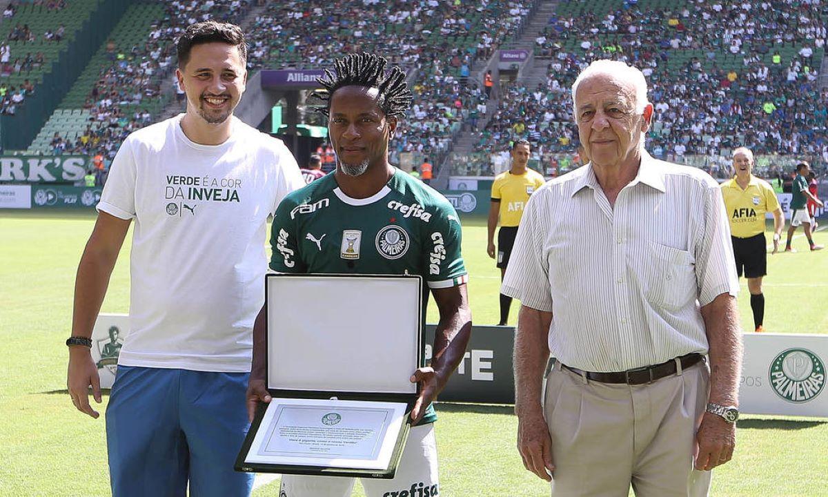 Seraphim del Grande: 'A essência do futebol brasileiro foi deixada de lado'