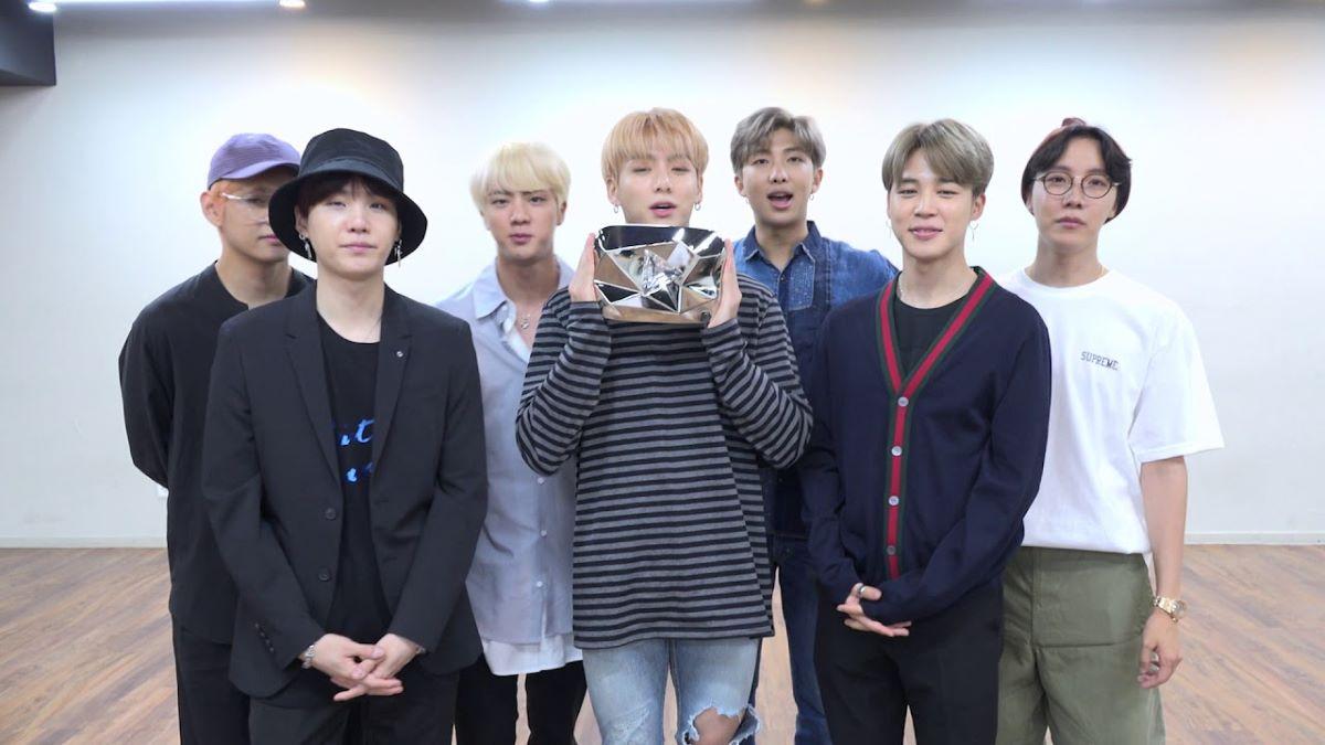 #1 na Billboard Hot 100: BTS, o primeiro grupo sul-coreano no topo