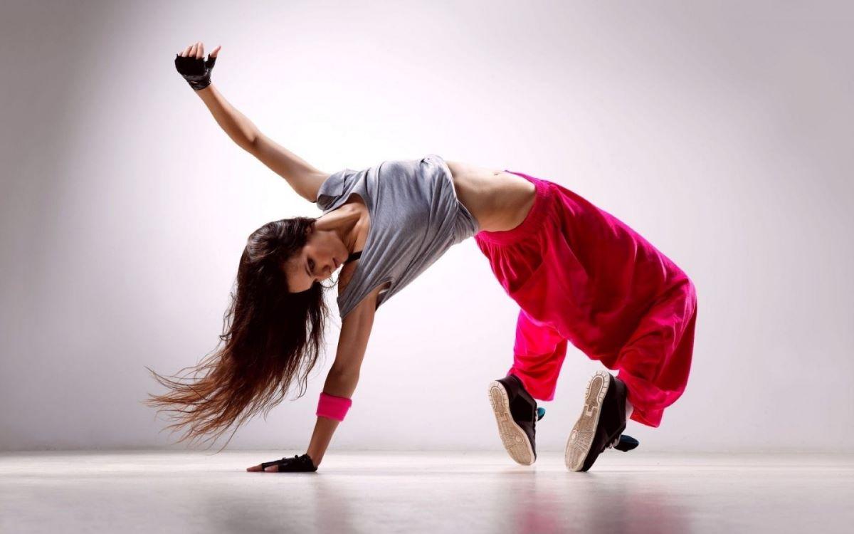 Do ballet ao street dance: conheça os benefícios da dança