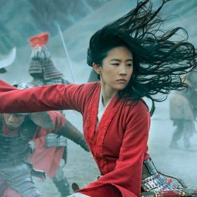 Mulan chega em Disney+ nos EUA e recebe críticas mistas devido ao seu tom mais sombrio. FOTO: Divulgação.
