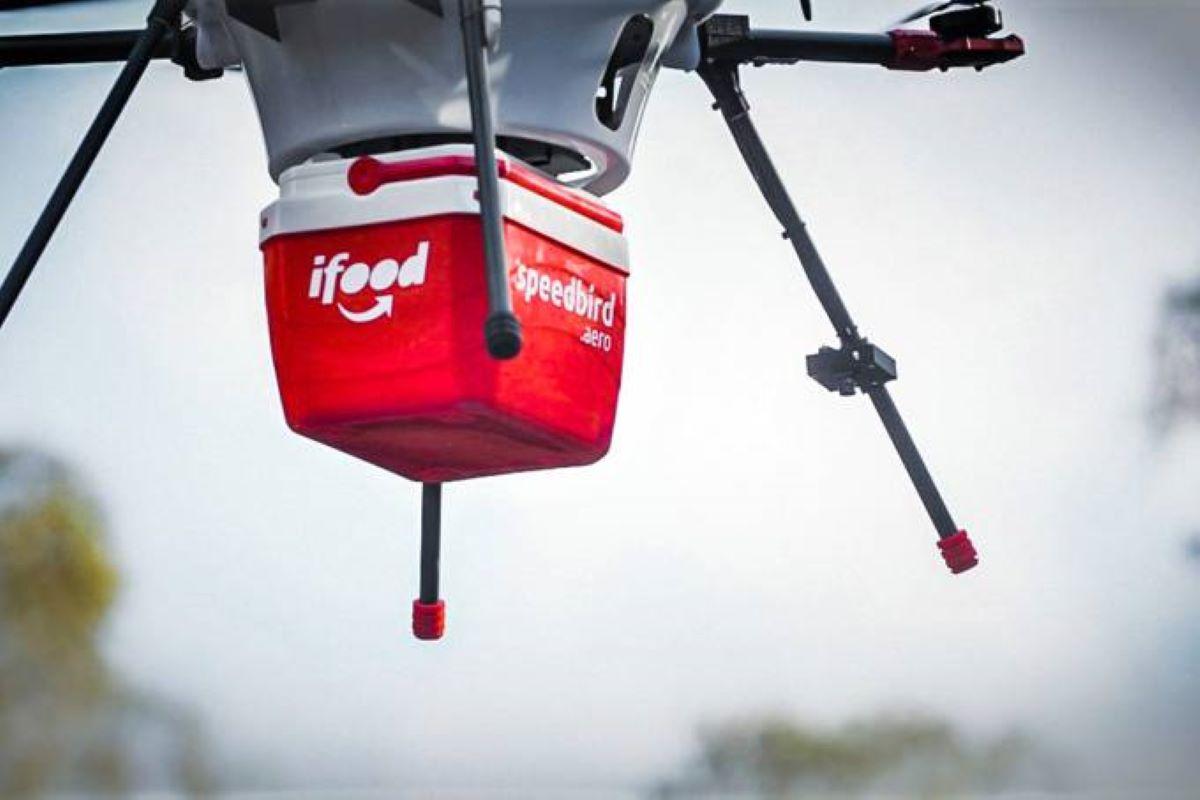 iFood começará a fazer entregas com drones a partir de outubro