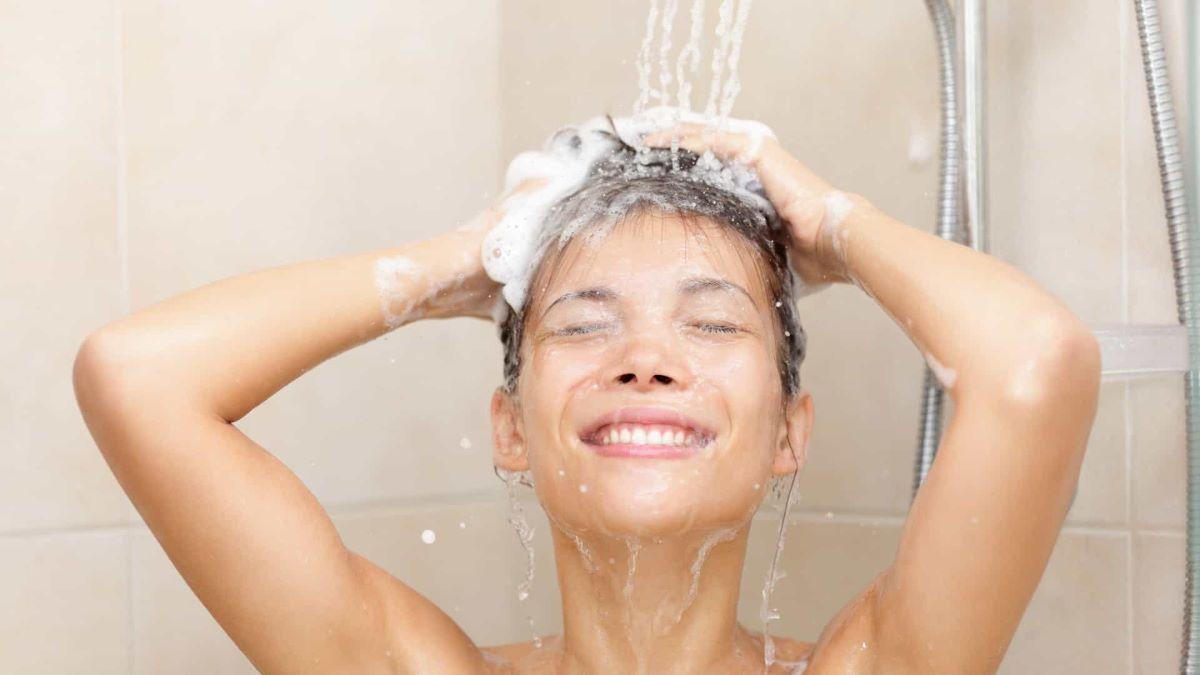 O hábito de banho diário brasileiro ajuda na prevenção de doenças?