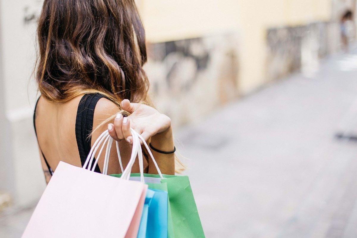 Como as lojas de shopping têm lidado com a pandemia?
