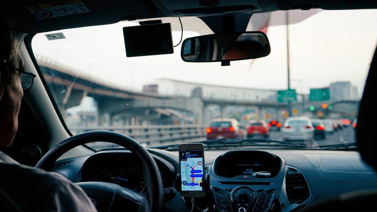 Frotas de automóvel elétrico na Uber: uma realidade distante?
