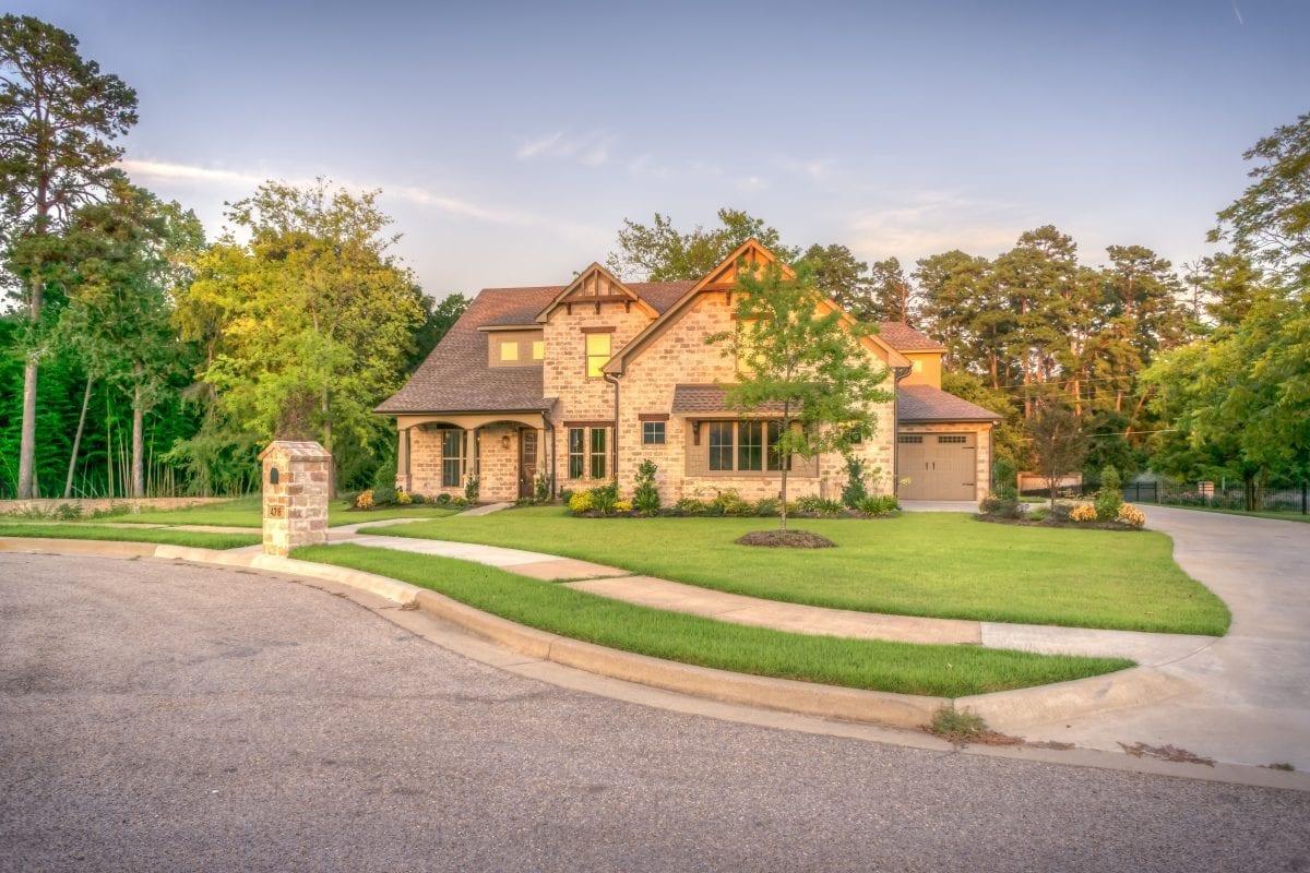 Casa no interior: despesa ou negócio? Entenda