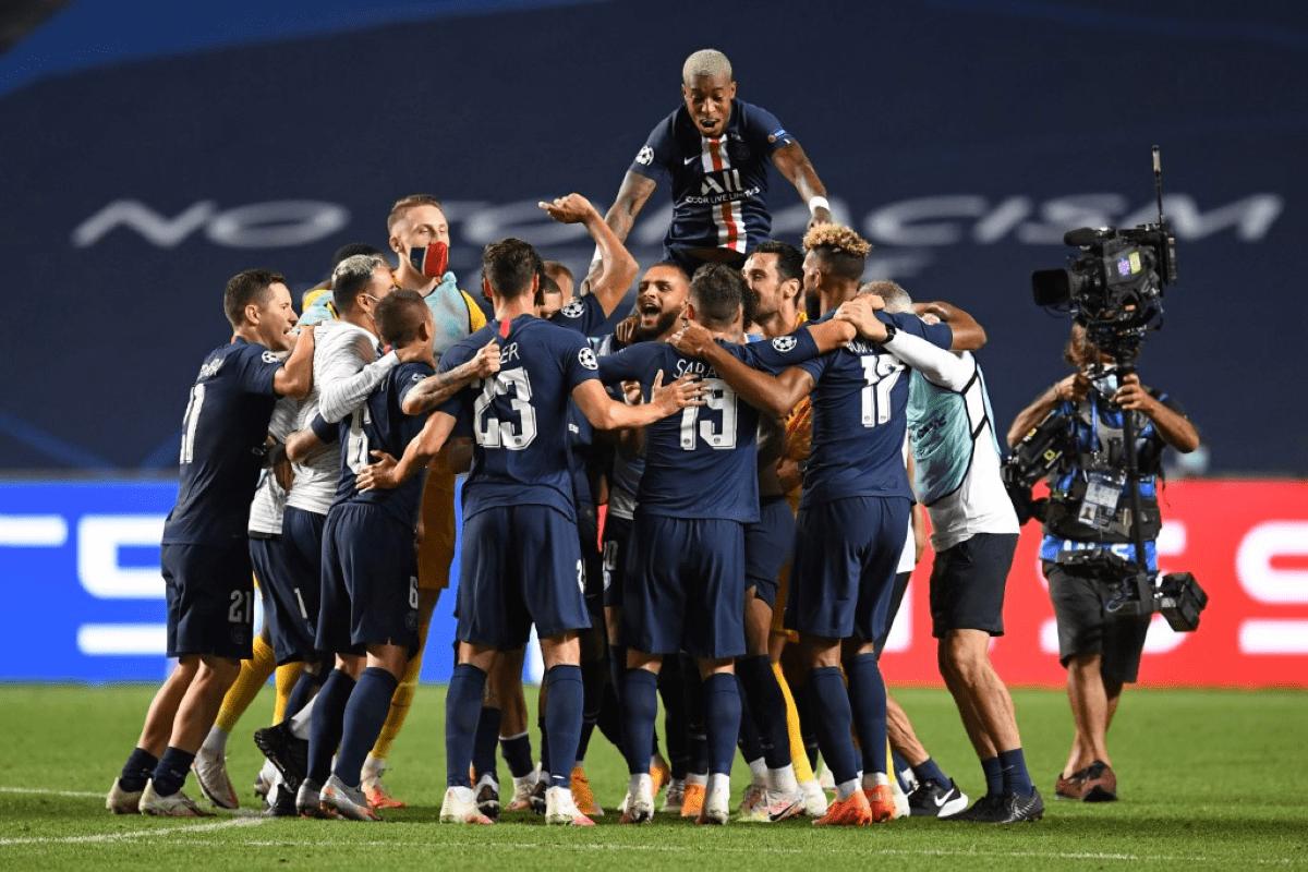 Paris Saint-Germain: 50 anos da equipe parisiense